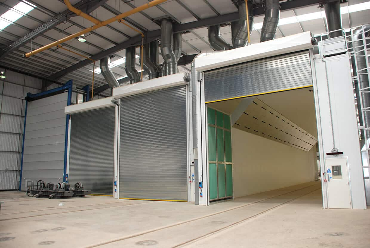 Industrial spray booth