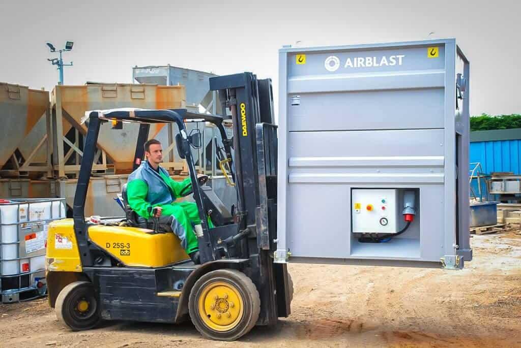 Airblast Abrasive Vacuum Recovery
