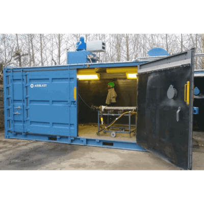 Containerised blast room with optional side door
